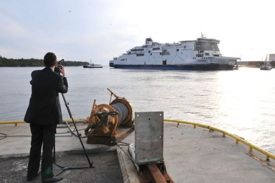 © P&O Ferries and © STX Europe ASA