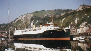 Photo of TS Hampton Ferry – Past and Present
